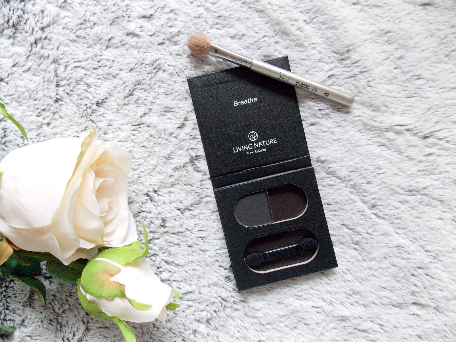 Living Nature Slate Eyeshadow