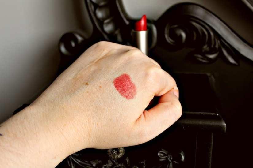 Ilia Tinted Lip Conditioner Bang Bang Swatch