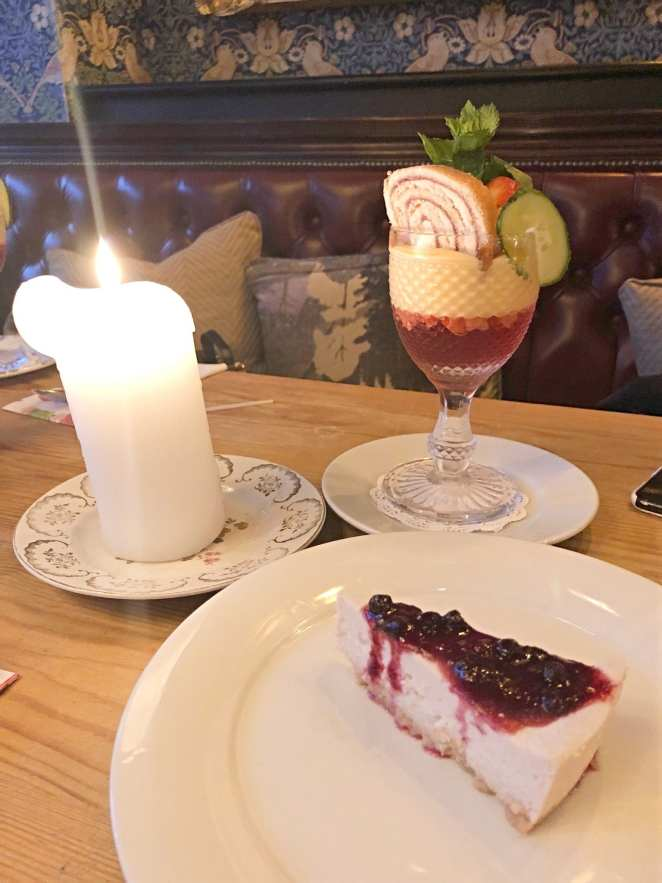 Cosy Club Vegan Cheesecake & Trifle